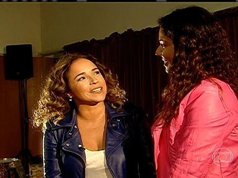 Daniela Mercury fala sobre decisão de assumir relacionamento em entrevista